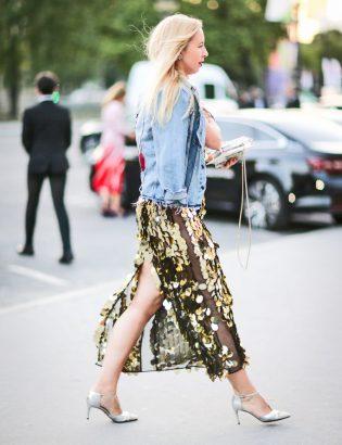 تنورة طويلة مرصعة بالترتر