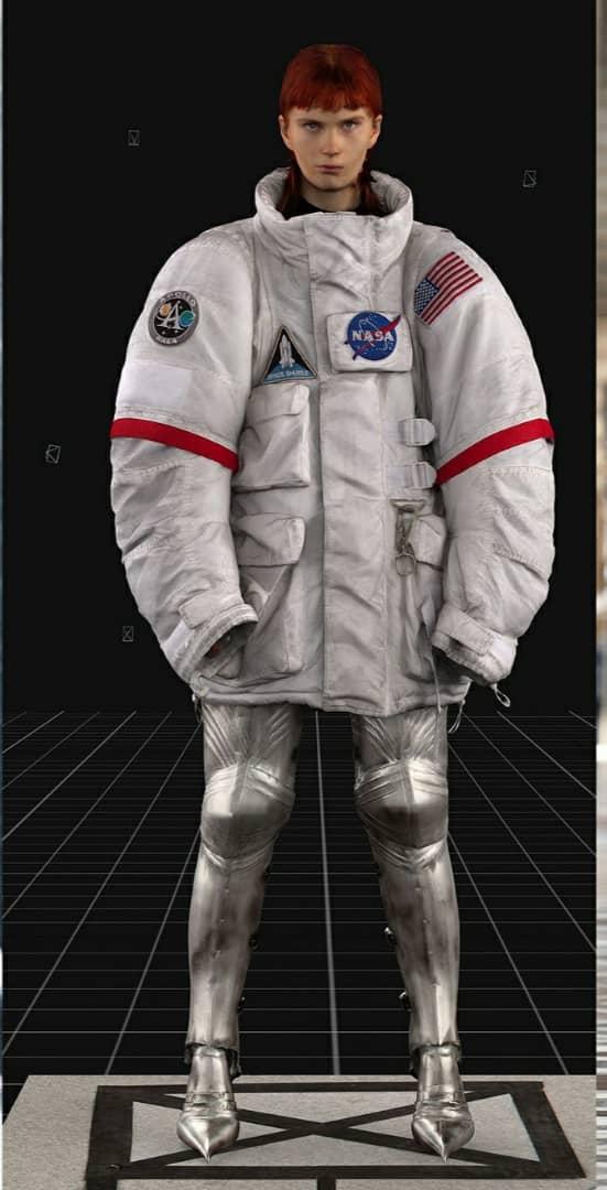 الملابس الفضائية موضة خريف 2021